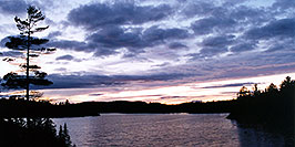 /images/133/1998-08-tema-smooth-sunset-pano.jpg - #00138: sunset by Temagami Outfitters … August 1998 -- Temagami, Ontario.Canada