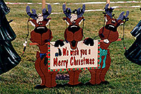 /images/133/1998-11-windsor-christmas.jpg - #00173: We wish you a Merry Christmas - Reindeers a month before Christmas in Windsor, Ontario … Nov 1998 -- Windsor, Ontario.Canada