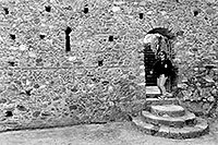 /images/133/1998-12-greece-castle-bw2.jpg - #00195: Christina at a castle near Sparti … Dec 1998 -- Sparti, Greece