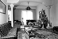 /images/133/1998-12-greece-home-bw.jpg - #00205: Christina`s place in Sparti … Dec 1998 -- Sparti, Greece