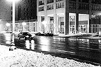 /images/133/1999-02-chicago-bw1.jpg - #00250: along Michigan Avenue … Feb 1999 -- Chicago, Illinois