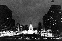 /images/133/1999-02-st-louis-bw2.jpg - #00273: St Louis at night … April 1999 -- St Louis, Missouri