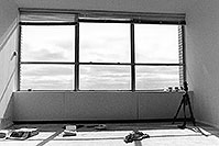 /images/133/1999-04-chicago-apt-bw.jpg - #00293: Chicago 29th floor … April 1999 -- Chicago, Illinois