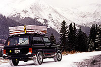 /images/133/1999-09-indep-snow-jeep.jpg - #0380: moving from Chicago to Phoenix � Independence Pass � Sept 1999 -- Independence Pass, Colorado
