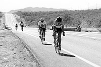 /images/133/1999-10-cycling-road-bw.jpg - #00445: Christina in a bicycle race in Douglas … Oct 1999 -- Douglas, Arizona