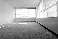 /images/133/1999-11-chicago-apt-empty.jpg - #00440: A fresh start - somewhere else …  moving out of Chicago … Nov 1999 -- Chicago, Illinois