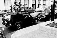 /images/133/1999-11-chicago-bikes-bw.jpg - #00447: the perfect parking spot for my Jeep -- close by, visible, illegal … Nov 1999 -- Chicago, Illinois