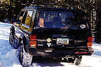 /images/133/1999-11-jeep-snow-tracks.jpg - 00447: along the road from Aspen to Independence Pass … Nov 1999 -- Independence Pass, Colorado