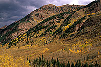 /images/133/2000-09-colo-castle-mtn.jpg - #00635: Mountains along Castle Creek Road … Sept 2000 -- Castle Creek Road, Aspen, Colorado