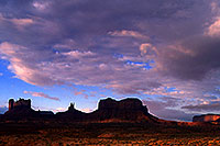 /images/133/2000-09-monvalley-6am.jpg - #00673: 6am in Monument Valley … Sept 2000 -- Monument Valley, Utah