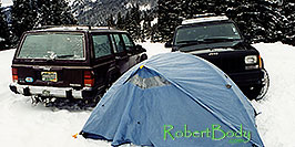 /images/133/2000-12-phx-tor-lead-jeeps-tent-pano.jpg - #00726: camping by Leadville … Phoenix-Toronto 3,500 mile snow-camping trip … Dec 2000 -- Leadville, Colorado
