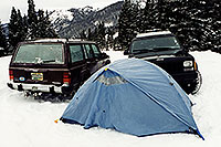/images/133/2000-12-phx-tor-lead-jeeps-tent.jpg - #0708: camping by Leadville � Phoenix-Toronto 3,500 mile snow-camping trip � Dec 2000 -- Leadville, Colorado
