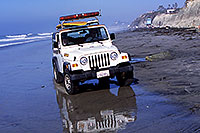 /images/133/2001-03-cali-jeep-lifeguard.jpg - #00775: White Jeep Wrangler with surfboard on top, loud speaker at front ?~@? Lifeguards at Encinitas ?~@? March 2001 -- Encinitas, California