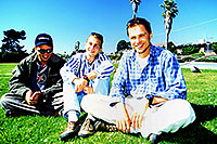 /images/133/2001-07-cali-oceania-us3.jpg - #00800: Our team in Oceania … July 2001 -- Oceania, California