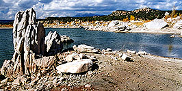 /images/133/2001-11-recapture-pano.jpg - #00914: Recapture lake … Nov 2001 -- Recapture, Utah
