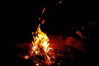 /images/133/2002-04-supersti-fire-night.jpg - #00930: desert fire in Superstitions … April 2002 -- Superstitions, Arizona