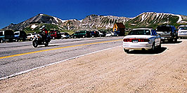 /images/133/2002-05-colo-indep-cars.jpg - #00952: people at Independence Pass … June 2002 -- Independence Pass, Colorado