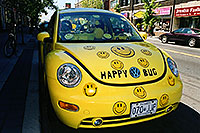 /images/133/2002-08-toronto-happy-bug.jpg - #01121: Happy yellow VW Beetle Bug in Toronto … August 2002 -- Toronto, Ontario.Canada