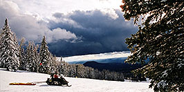 /images/133/2003-03-snowbowl-patrol-pano.jpg - #01186: Snowbowl ski area … March 2003 -- Snowbowl, Arizona