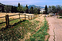 /images/133/2004-04-boulder-hiking.jpg - Colorado > Boulder