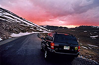 /images/133/2004-06-mtevans-jeep-sunset.jpg - 01558: sunset at Mt Evans … 13,000ft  … June 2004 -- Mount Evans Road, Mt Evans, Colorado