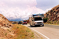 /images/133/2004-07-arches-rv-mntns.jpg - #01615: motorhome in Arches National Park … July 2004 -- Arches Park, Utah