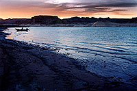 /images/133/2004-07-powell2-sunset2.jpg - #01761: sunset at Lone Rock … July 2004 -- Lone Rock, Lake Powell, Utah