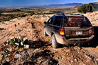 /images/133/2004-07-sedona-jeep1.jpg - 01792: off the beaten track in Sedona … July 2004 -- Sedona, Arizona