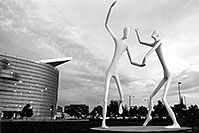 /images/133/2004-08-denver-figures-bw2.jpg - #01857: Denver Figures  - Performing Arts Center … August 2004 -- Denver Figures, Denver, Colorado