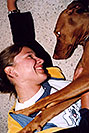 /images/133/2004-08-jack-aneta1-v.jpg - #01891: friendly Jack (Vizsla) in Cherry Creek … August 2004 -- Cherry Creek, Colorado