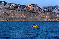 /images/133/2004-08-wyo-cody-lake3.jpg - #02008: kayaking at Buffalo Bill Reservoir … August 2004 -- Buffalo Bill Reservoir, Cody, Wyoming