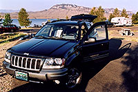 /images/133/2004-08-wyo-jeep-morning.jpg - #02011: camping by Cody, Wyoming … August 2004 -- Cody, Wyoming