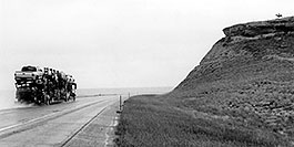 /images/133/2004-08-wyo-rider2.jpg - #02033: rider … near Cheyenne … August 2004 -- Cheyenne, Wyoming
