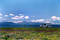 /images/133/2004-08-yello-rv-first.jpg - #02077: this looks a little like Alaska :-)  … August 2004 -- Yellowstone, Wyoming