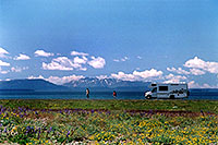 /images/133/2004-08-yello-rv1.jpg - #02078: this looks a little like Alaska :-)  … August 2004 -- Yellowstone, Wyoming