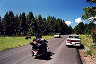 /images/133/2004-08-yello-tourists3.jpg - #02082: First sights of Buffalo … August 2004 -- Yellowstone, Wyoming