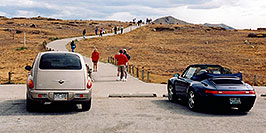 /images/133/2004-09-indep-top-people02.jpg - #02133: top of Independence Pass … Sept 2004 -- Independence Pass, Colorado