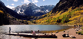 /images/133/2004-09-maroon-bells-peo-pa.jpg - #02158: Maroon Lake (elev 9,580ft) in front of Maroon Bells (elev 14,156ft) … Sept 2004 -- Maroon Peak, Maroon Bells, Colorado