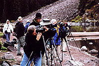 /images/133/2004-09-maroon-photog1.jpg - #02193: they get here in pitch dark before 6am and stay for hours … sometimes 50 of them … it happens every fall … Sept 2004 -- Maroon Bells, Colorado