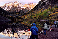 /images/133/2004-09-maroon-photog2.jpg - #02194: waiting for the ever-changing light … Sept 2004 -- Maroon Lake, Maroon Bells, Colorado