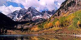 /images/133/2004-09-maroon-view1-pano.jpg - #02200: Maroon Bells in fall … Sept 2004 -- Maroon Peak, Maroon Bells, Colorado