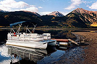 /images/133/2004-09-twinlakes-boat02.jpg - #02220: images of Twin Lakes … Sept 2004 -- Twin Lakes, Colorado
