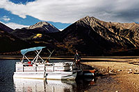 /images/133/2004-09-twinlakes-boat03.jpg - #02221: images of Twin Lakes … Sept 2004 -- Twin Lakes, Colorado