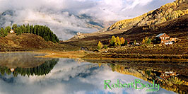 /images/133/2004-10-cb-nicholson3-pano.jpg - #02229: morning at Nicholson Lake (elev 8,913ft) … Oct 2004 -- Nicholson Lake, Crested Butte, Colorado