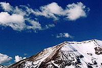 /images/133/2004-10-cinnamon-para-red2.jpg - #02259: Red Paraglider west of Cinnamon Mountain (12,293ft)… Oct 2004 -- Paradise Divide, Crested Butte, Colorado