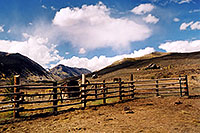 /images/133/2004-10-crested-evening2.jpg - #02274: Slate River Road in background … Oct 2004 -- Crested Butte, Colorado