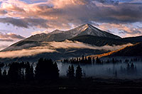 /images/133/2004-10-crested-morn-fog4.jpg - #02299: morning in Crested Butte … Oct 2004 -- Crested Butte, Colorado