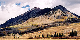 /images/133/2004-10-crested-view2-w.jpg - #02314: views along Gothic Road … Oct 2004 -- Crested Butte, Colorado