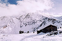 /images/133/2004-11-fremont-lake-hut4.jpg - #02379: winter near Fremont Pass … Nov 2004 -- Fremont Pass, Colorado