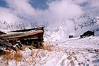 /images/133/2004-11-fremont-lake-hut5.jpg - #02383: winter near Fremont Pass … Nov 2004 -- Fremont Pass, Colorado